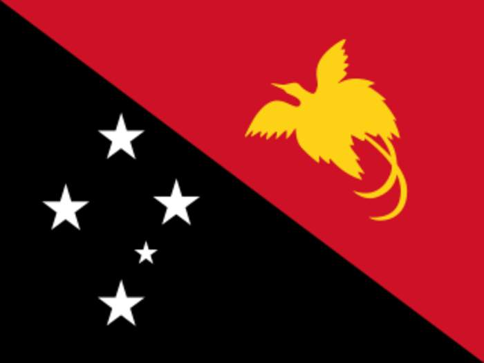 PNG offers Manus Island asylum seekers voluntary relocation to Port Moresby