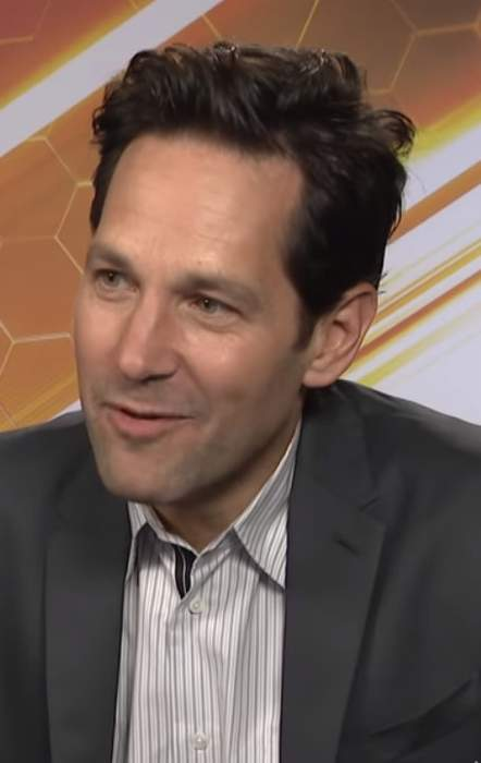 Paul Rudd Hands Out Cookies to Brooklyn Voters Waiting in Line