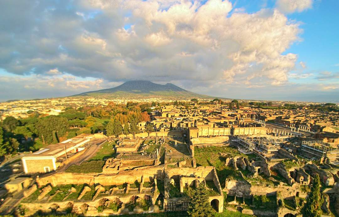 From graffiti to silver spoons: Pompeii museum comes back to life