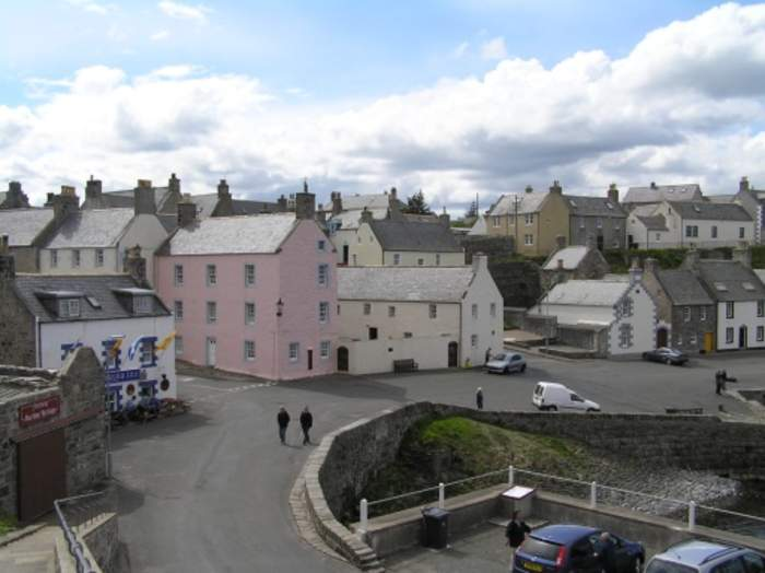 Cyclist 'thought he would die' after Portsoy bridge plunge