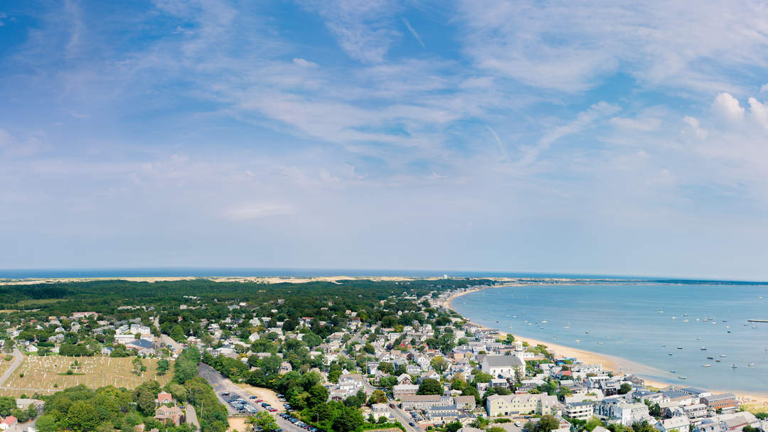 Provincetown issues face mask advisory after new COVID outbreak in summer hotspot