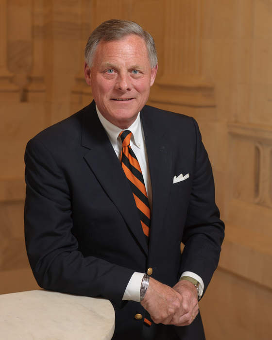 "Sen. Burr: Barring Muslims from U.S. would be a ""huge mistake"""