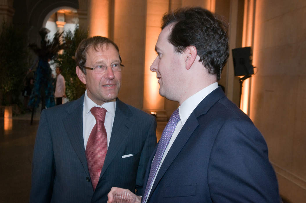 No 10 refuses to say whether Boris Johnson has had contact with Richard Desmond PM