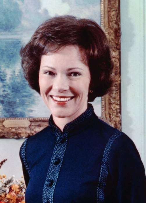 Bidens appear to tower over Jimmy and Rosalynn Carter in 'dollhouse' photo