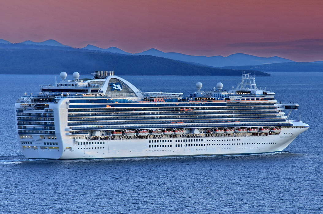 Ruby Princess inquiry slams 'inexplicable' and 'unjustifiable' decisions by NSW Health