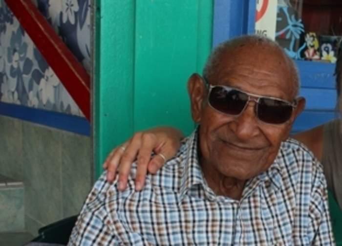 A grandson honours his hero as the Torres Strait farewells music legend Seaman Dan