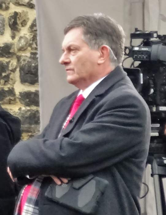 Simon McCoy to leave BBC News after 17 years