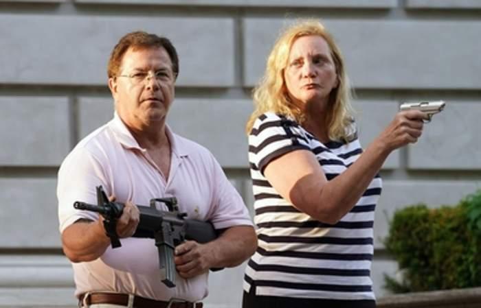 St. Louis gun-toting controversy