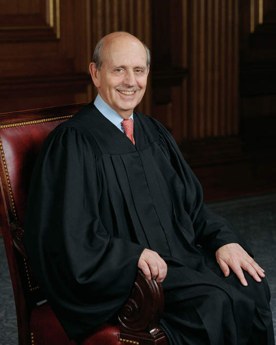 Justice Breyer says he doesn't want Supreme Court replacement to 'reverse' his work, amid Dem calls to resign