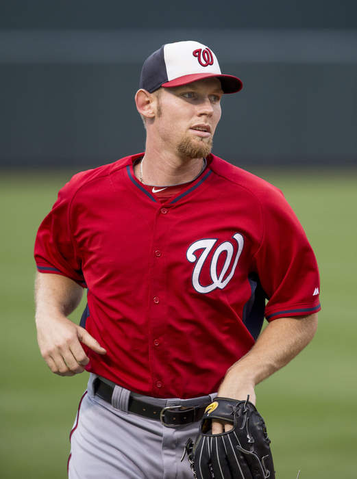 Nationals pitcher Stephen Strasburg to undergo season-ending surgery for carpal tunnel