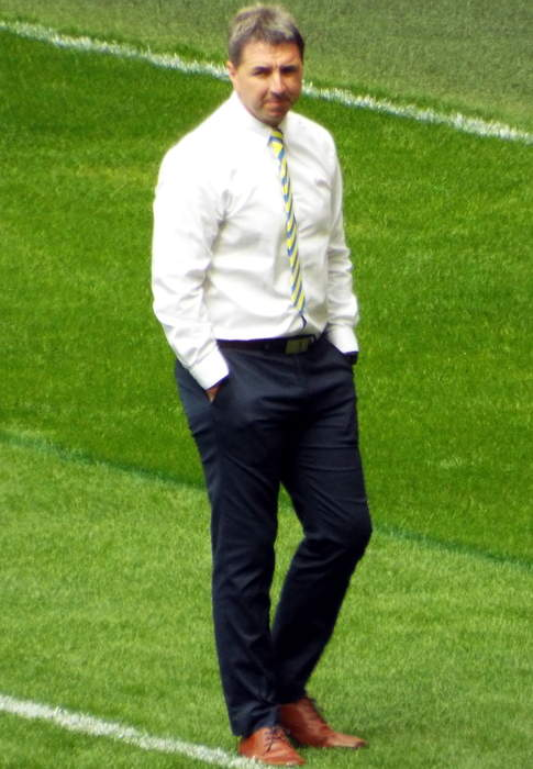 Steve Price: Warrington Wolves coach to leave at end of season