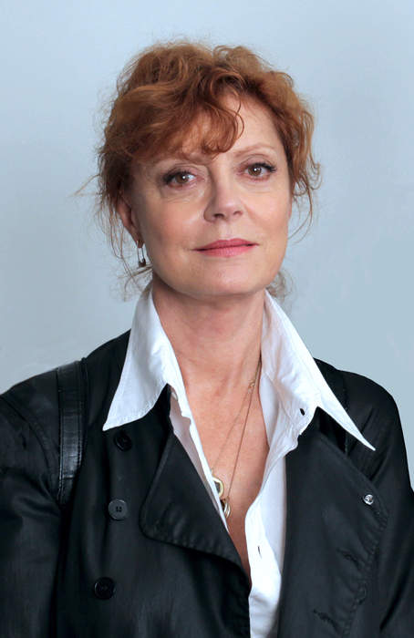 Susan Sarandon Rips Hospitals for Keeping Patients in Dark About Prices