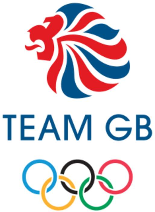 Team GB rowers win bronze medal in the men's eight