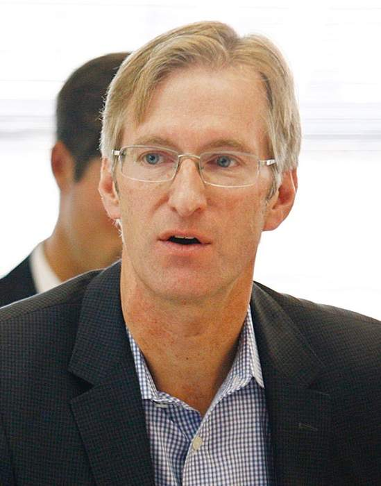 Portland Mayor Ted Wheeler punched in confrontation with left-wing activists: report