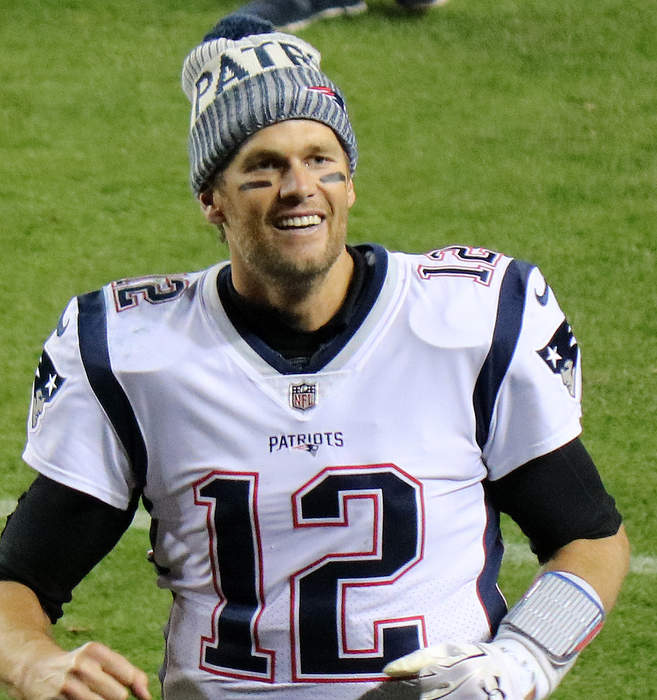 Buccaneers QB Tom Brady rips 'dumb' rule change that relaxes NFL jersey number options