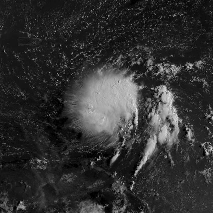 South Carolina scrambles ahead of Dorian's storm surge