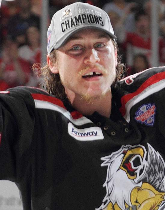 Detroit Red Wings' Tyler Bertuzzi refuses COVID-19 vaccine, won't travel to Canada for games