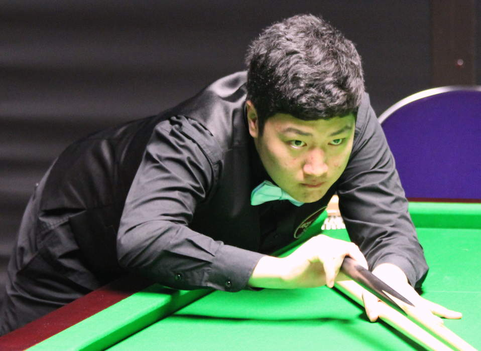 'A star is born' - Masters champion Yan Bingtao is likened to Steve Davis as he comes of age