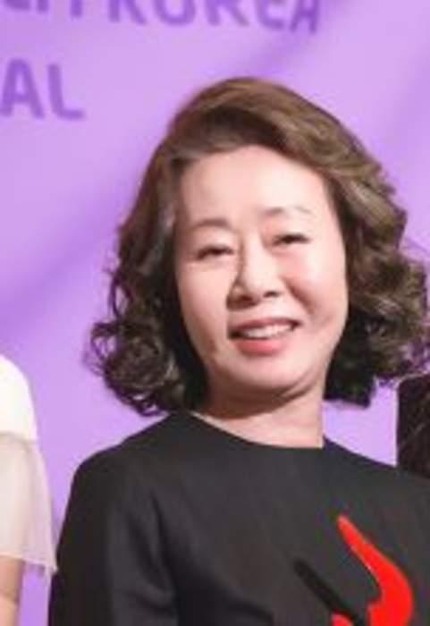 Oscars backstage: Chloe Zhao explains Frances McDormand howl, 'Minari's Yuh-Jung Youn has Brad Pitt black-out