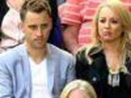 bickmore divorced singles Find more about carrie bickmore husband, divorce, boyfriend or partner,  pregnant, baby  the couple has been dating each other since 2012.