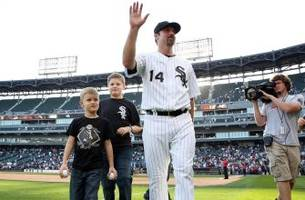 konerko to have no. 14 retired by white sox on saturday