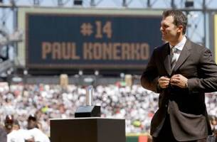 konerko becomes 11th player to have number retired by white sox