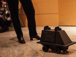 Apple has released an army of tiny robots to help map the inside of buildings (AAPL)