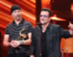 U2 Praises Ireland's Gay Marriage Victory With A 'Pride'-ful Performance In Arizona