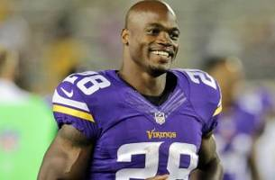 As Vikings stand pat, absent Peterson addresses reports he wants trade