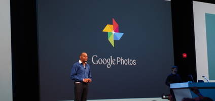 Google Photos behind the app — scanning makes it special