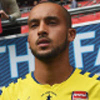 Walcott starts for Arsenal in FA Cup final