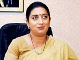 Congress and AAP demand Smriti's resignation as 'fake degree' court case moves forward