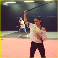 Olivia Munn Shows Off Amazing Sword Skills in New Video!