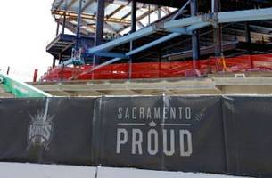 Steel workers on Kings arena wrote 'Go Warriors' on materials