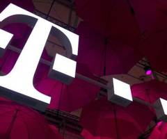 t-mobile fined $17.5 million for non-compilance on 911 outages in 2014