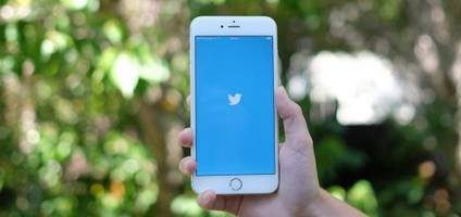 Twitter for iOS update enables interactive notifications
