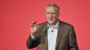 Unison backs Jeremy Corbyn for Labour leadership as poll gives him big lead
