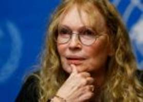 Twitter erupts after Mia Farrow tweets address of Cecil the lion's killer