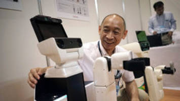 'Human support robot' can pick up after elderly, help the sick