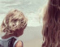 jessica simpson's crazy cute toddlers hit the beach