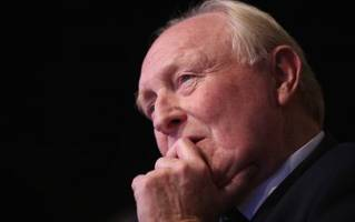 former labour leader warns against support for corbyn