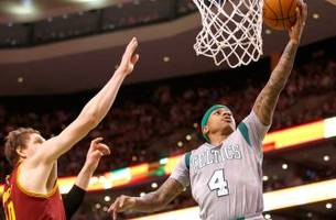 Watch Celtics guard Isaiah Thomas show up Mayweather on the court