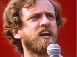 Falklands war was Tory plot - and jobless men died for Thatcher, says Jeremy Corbyn: Labour leadership hopeful refused to offer 'loyal support' for British troops fighting to liberate the islands