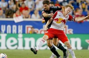 Red Bulls thump D.C. United to claim Atlantic Cup