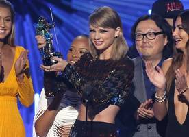 MTV VMAs Dominated by Taylor Swift, Miley Cyrus' Antics & Justin Bieber Comeback