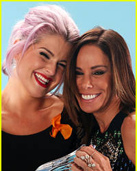 Former 'Fashion Police' Host Kelly Osbourne Sends Flowers to Melissa Rivers for Show's New Debut