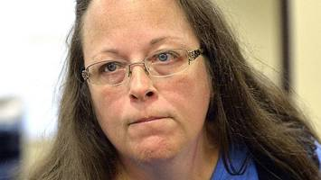 Clerk faces jail over gay marriage ban