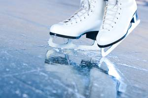Phillips Academy Ice Rinks Returns With Pick-Up Games