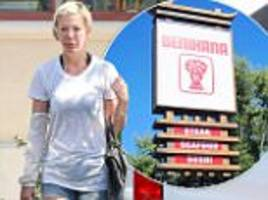 tori spelling files lawsuit against benihana over burns after falling on hibachi grill