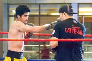 boxer vijender singh to make pro debut on october 10